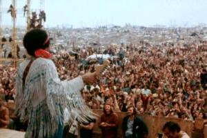 Jimi-Hendrix-at-Woodstock4