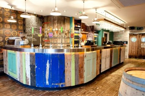 The colourful bar at Beerd. Credit: insidebeer.com