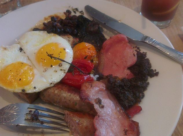 The Wallfish Breakfast - top quality full English.