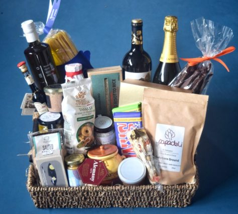 Papadeli hamper