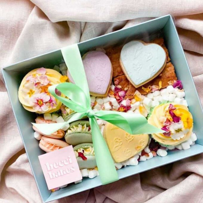 Becci Bakes Bristol Mother's Day box
